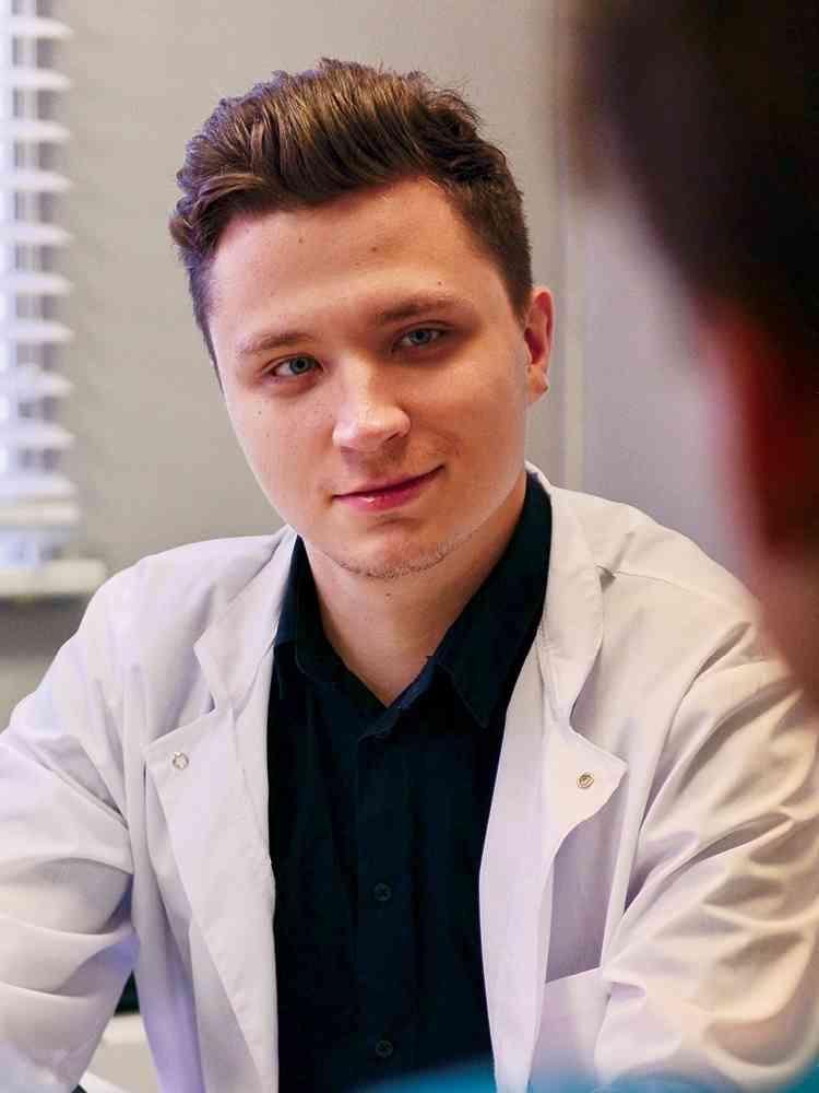 Dr. Nikolay Lunchenkov