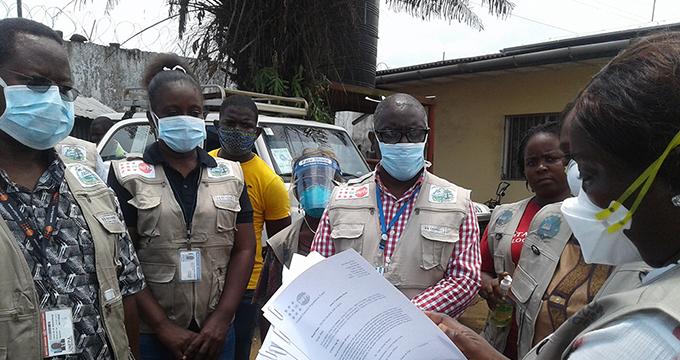 Pour stopper la propagation du COVID-19, le Libéria se réfère à son expérience...