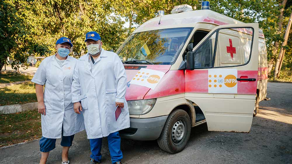 Mobile clinics treat reproductive cancers in along Ukraine's contact line