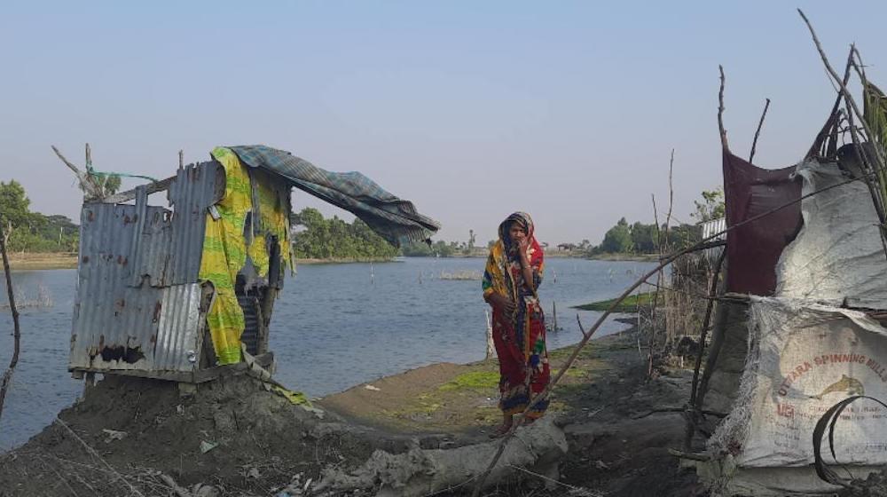 Bangladesh : après le cyclone, des photographes en herbe montrent les débris...