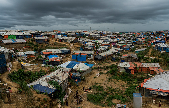 As the monsoon season hits Cox's Bazar, refugees at Kutapalong refugee camp and elsewhere fear they are vulnerable to landslides. © UNHCR/Adam Dean