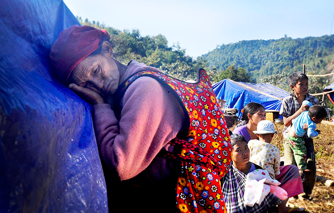 Families, including pregnant women, children, and disabled and elderly people, have fled shelling and airstrikes in northern Myanmar's Kachin State. © Metta Development Foundation