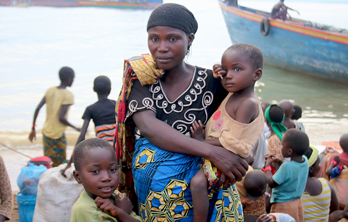Tens of thousands of Burundian refugees are seeking shelter in Tanzania. On their way to safety, women are giving birth in unsafe conditions. Hundreds of cases of gender-based violence have been reported. © UNFPA Tanzania/Sawiche Wamunza