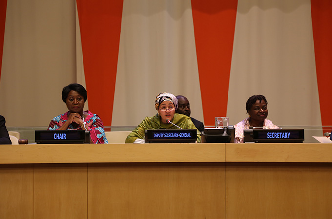 Martha Pobee, Ghana's Permanent Representative and Chair of the Committee for the United Nations Population Award, together with United Nations Deputy Secretary-General Amina J. Mohammed and UNFPA Executive Director Dr. Natalia Kanem, who serves as the Award Committee's Secretary, at the 2018 UN Population Awards. © UNFPA/ Usenabasi Esiet