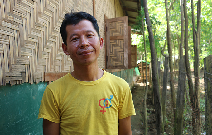 """I'm proud to be a man who stands up against domestic violence,"" said Aung Htwe. © UNFPA/Yenny Gamming"