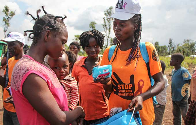 Menstrual health is a serious, but overlooked, issue among vulnerable women. Refugees in Louva, Angola, receive UNFPA-distributed dignity kits, which include sanitary napkins, soap, laundry detergent and other essential hygiene supplies. © UNFPA/Tiril Skarstein