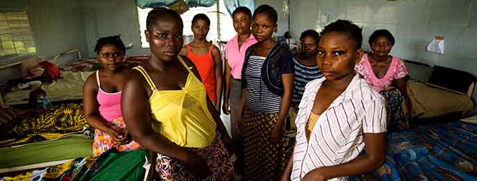 A surgical ward in Kinshasa, the Democratic Republic of the Congo. Photo credit: Robin Hammond/Panos Pictures