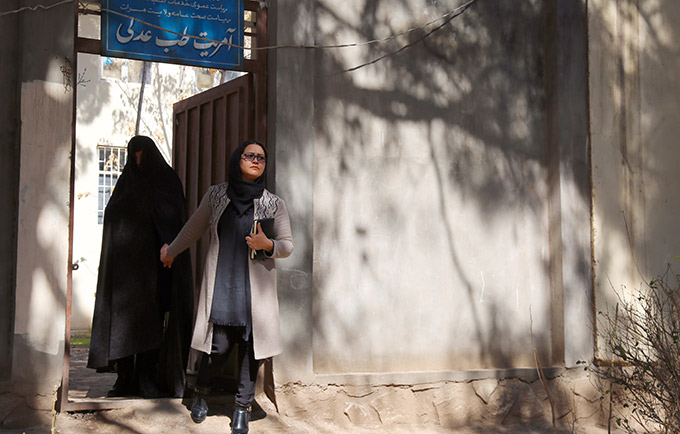 Farzana Akbari took a stand against virginity tests – invasive, discriminatory, unscientific exams – to protect women and girls. © UNFPA Afghanistan