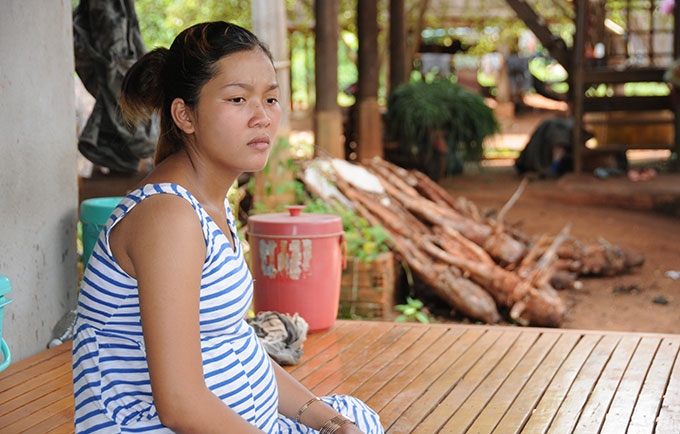 Seila, 16, is pregnant with her first child. She dropped out of school to work on her family's farm in Tbong Khmum Province. © UNFPA Cambodia