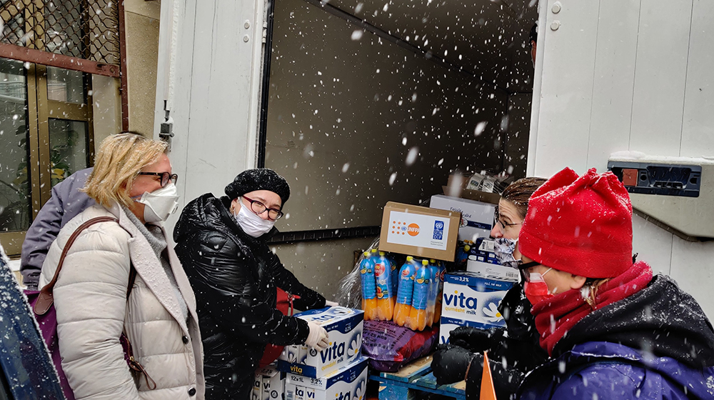 UNFPA and partners are delivering essential items to women's shelters in Kosovo. © UNFPA Kosovo/Besnik Sherifi
