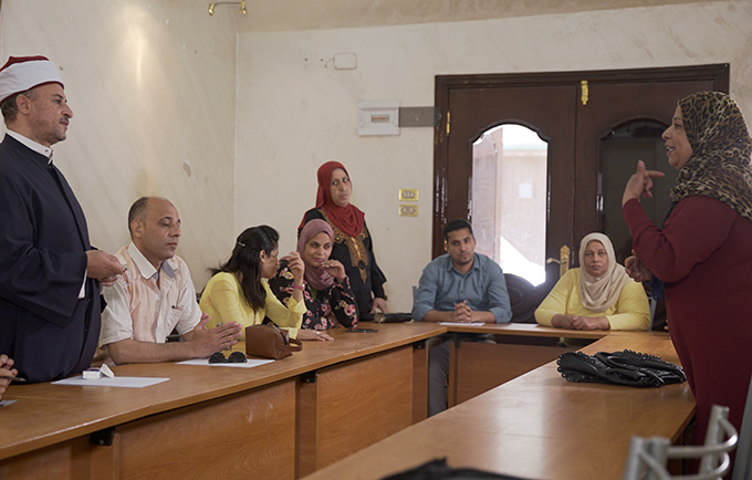Community leaders in Assiut Governorate speak about female genital mutilation. © UNFPA-UNICEF Joint Programme to Eliminate FGM