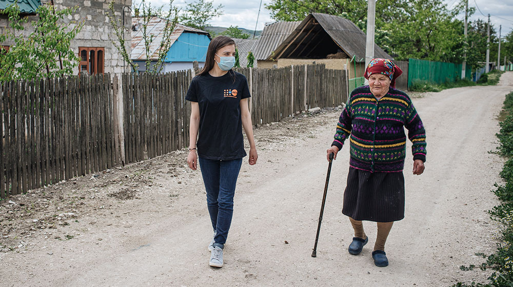 Nelea Ungureanu goes for a socially distanced walk with Maria Roșca.