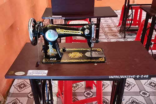 A sewing machine at a UNFPA-supported women's space.